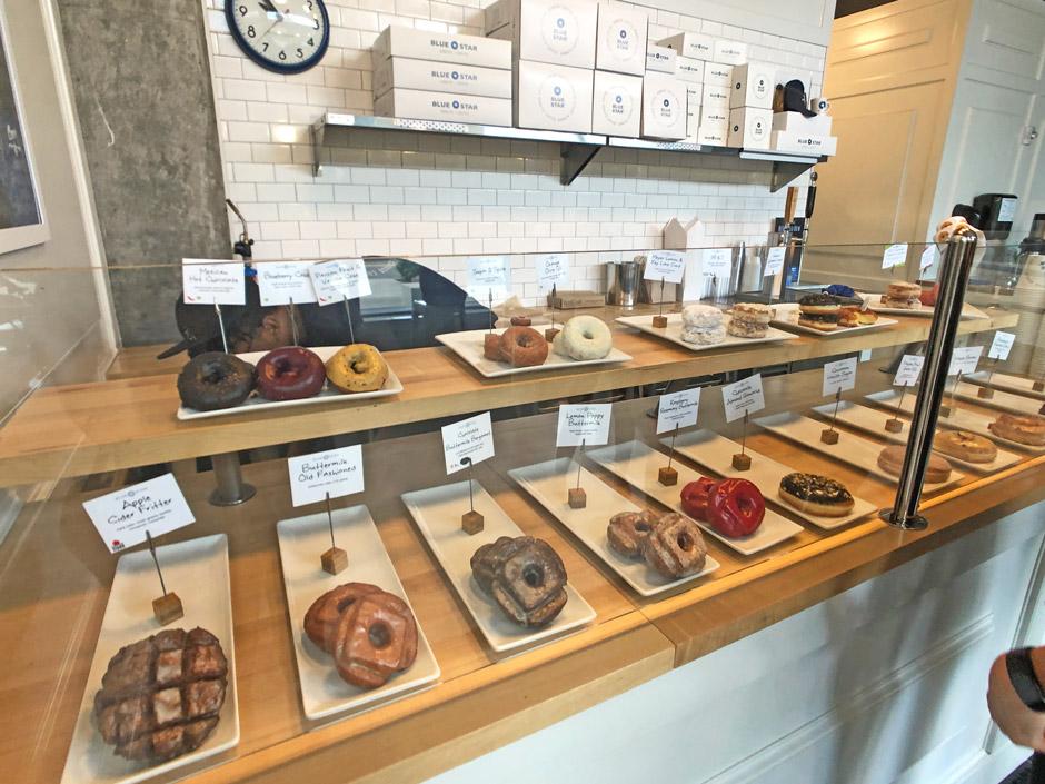 포틀랜드 맛집 Blue Star Donuts 블루스타 도넛